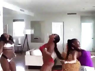 ashanti culo sexy twerk ameman