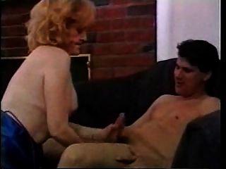 la abuelita rubia tiene buen sexo fdcrn