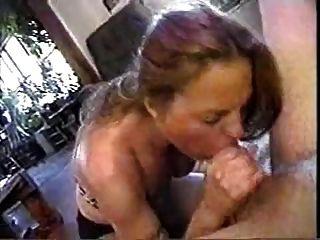 esposa le gusta jugar con su cum pegajoso