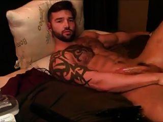 str8 caber hombres calientes en la cama