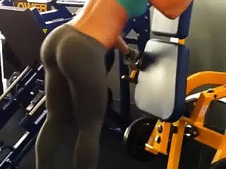 cuerpo de gimnasio es perfecto para joder