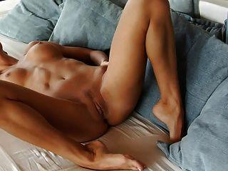 nena erótica en el seasiice, parte 2 (mrno)