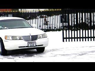 british slut syren sexton se follan en la limusina