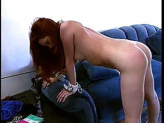 hottie con un bonito rack trabajado por su maestro
