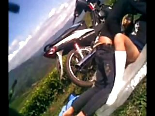 indonesia muda mudi pada saat ini