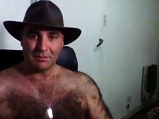 hombres peludos en la webcam