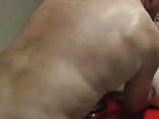 aficionado ansioso maduro coño y culo fisted simultáneamente