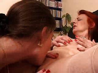 coño salvaje chica comiendo orgasmo (por edquiss)