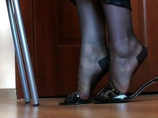 piernas y pies en nylon
