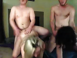 Doggystyle competencia: ¿quién tendrá el primer orgasmo?