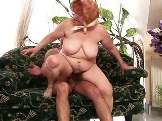 chubby abuelita en la acción perfecta