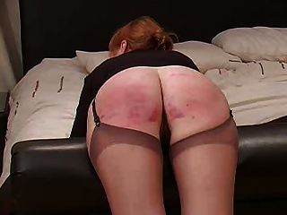 caning voluntario para miss smith