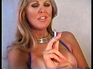 pam fumando y digitación coño