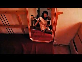 tranny chupar polla en el espejo