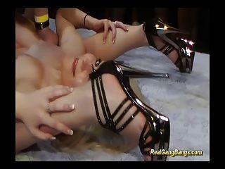 contorsionista en kamasutra real gangbang