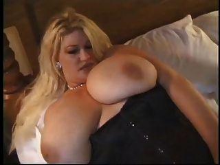 sexy madura gaynor juega con ella en redes de pesca sexy