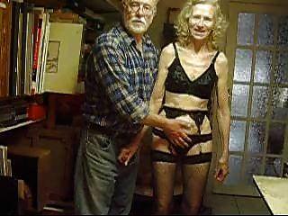 josee housewife vieille femme mujer de negocios