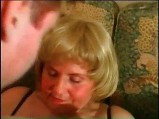 mi piercings sexy bbw abuela madura con anillos de coño perforado