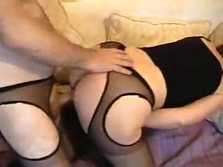 hermosa ama de casa de culo blanco en pantyhose sexy