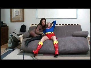super mujer golpeó hacia abajo (solicitado)