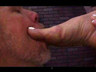 pista de la amante juega a su esclava con su culo