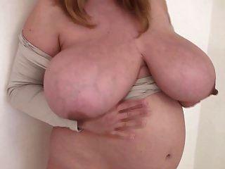 bbw embarazada bailando