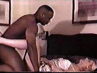 rubia milf folla a su amante negro