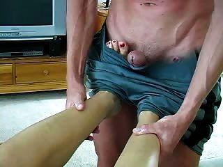 masaje de pies conduce a sexo y un trabajo de pie