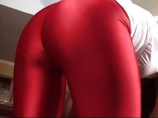 amante en rojo legging facesitting