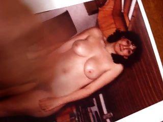 amigo se masturba con una buena eyaculación en mi esposa