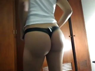 latina big booty strip dance