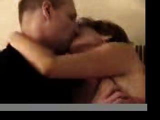 puta en el sofá con novio