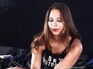 laura lee fetiche de fumar en dragginladies