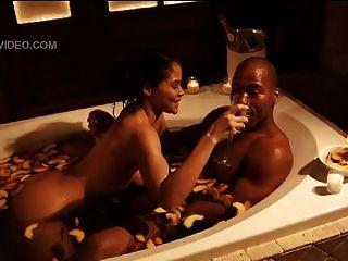 celeb maya gilbert follando en la bañera