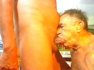 a papá le encanta chupar