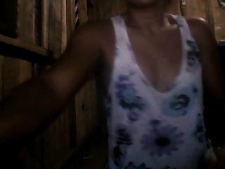 filipina mamá cherry corsen 32 mostrando su coño + culo en la cámara