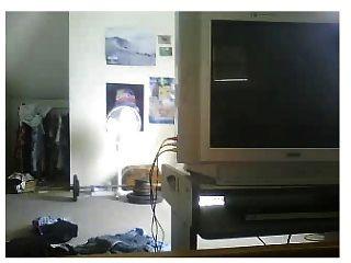 chico se masturba en webcam con bragas