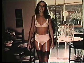 de esta manera las señoras se desnudan en su fantasía