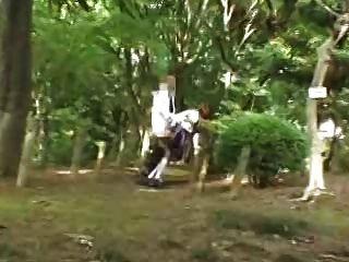 chica japonesa follada en público