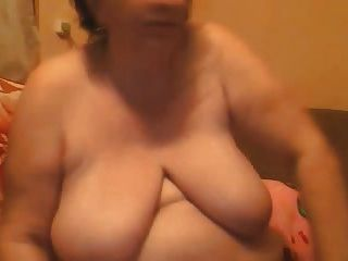 bbw maduro con enormes tetas en la webcam