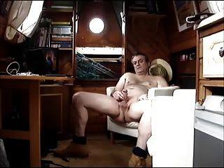 wanking en un barco de canal parte 1