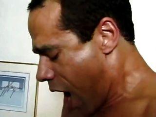 milf follada en el culo y la boca