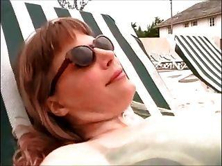 lesbianas esclava amante uso en la playa