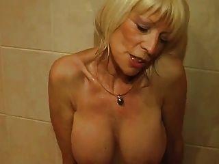 eva delage raconte sus planes culs sous la douche