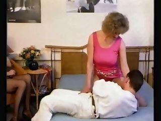Strassen flirt (1988) Más contenido en IMDb.com »