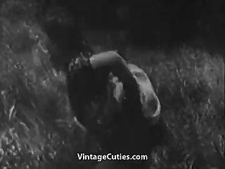 sexo áspero en prado verde (la vendimia de los años 30)