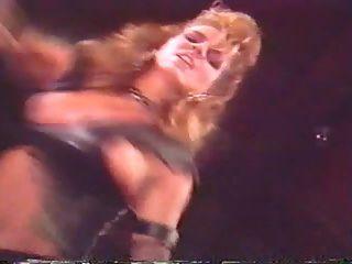 francois papillon en los artistas intérpretes o ejecutantes (1986)