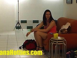 photoshoot sexy y masaje de aceite en el casting