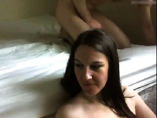 la esposa consigue la cara follada