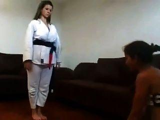 ama tenía entrenamiento de karate en su cara de esclavo parte 2 de 2